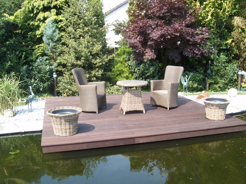 arbeiten mit holz gartengestaltung gartenbau carports terrassen und zaunbau in nrw. Black Bedroom Furniture Sets. Home Design Ideas